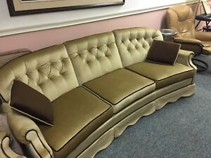 Baroque style sofa and love seat (2 pieces)