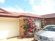 A VERY CHEAP COSY ROOM NEAR TRANSPORT/ CURTIN/ RIVER Shelley Canning Area Preview