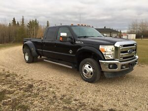 2013 Ford F-350 Dually   Low Km's! Grande Prairie