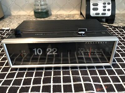 Vintage 1970 Panasonic National RC-7021-FM/AM  Flip Chirp Bird Alarm Clock Radio