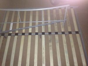 Queen size bed frame Dandenong Greater Dandenong Preview