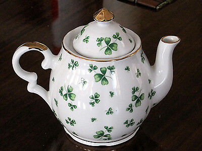 LEFTON Irish Celtic MUSICAL Shamrock Teapot Fine China Plays WILD IRISH ROSE EC!