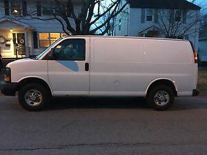 2011 GMC Savana Cargo Van