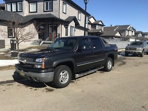 2003 Avalanche original owner no accidents