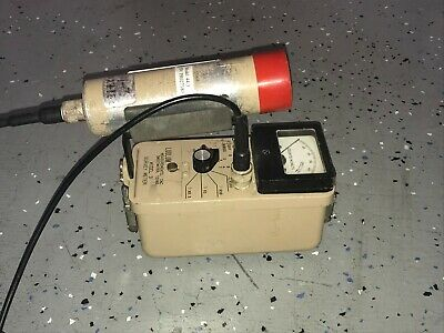 Ludlum Model 3 Survey Meter With 44-3 Probe Radiation Detector