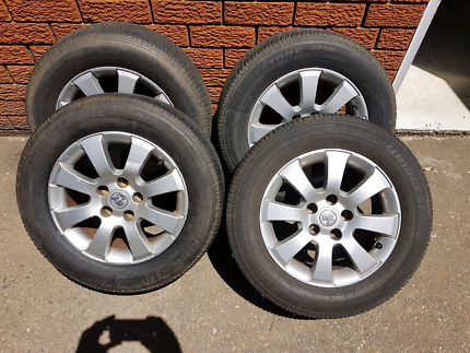 Holden astra tyres and alloy wheels x4