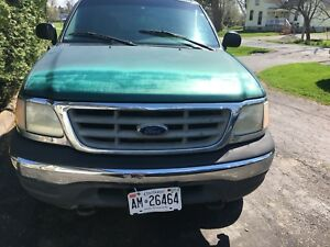 2000 Ford F-150 4by4 regular cab