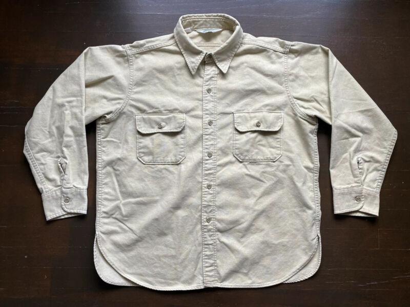 Vintage Woolrich Beige Chamois Button Flannel Long Sleeve Shirt Mens XL USA 80s