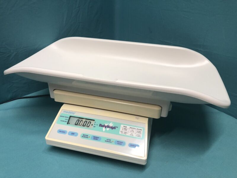 Medela Baby Weigh Portable Infant Baby Scale