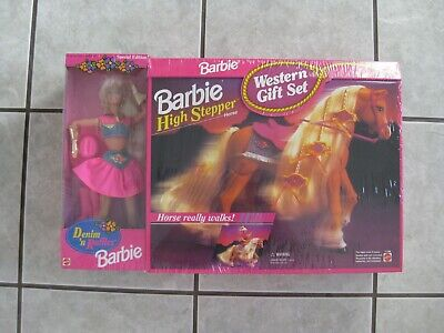 #12383 WESTERN BARBIE DOLL GIFT SET WITH HIGH STEPPIN HORSE