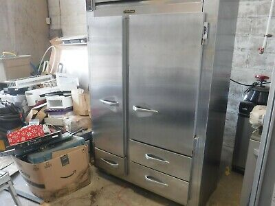Traulsen Ur48dt-a Commercial 48 Wide Stainless Steel Refrigerator