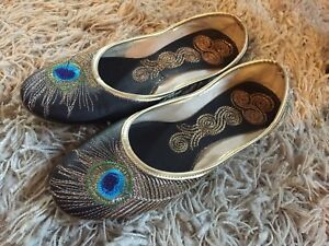 Unique peacock one of a kind design shoes size 7 1/2  brand new