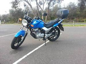 Cheap Reliable and ready to go! Honda Motorcycle/motorbike 125 Curl Curl Manly Area Preview
