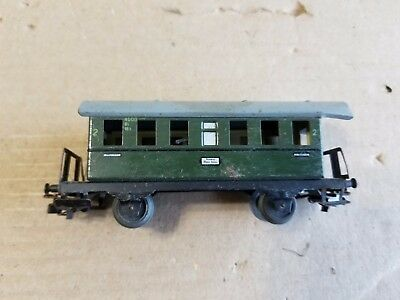 Stained Roof - Vintage Marklin HO Passenger Wagon #2 (roof stain)