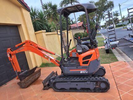 Excavator Hire d.i.y just $160 p/d