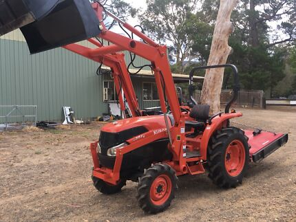 Kubota Tractor L3540 4x4 4in1 bucket slasher 37 HP
