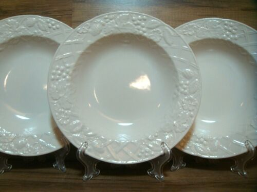 """SET OF 3 - MIKASA - ENGLISH COUNTRYSIDE - 9 3/8"""" WHITE RIMMED SOUP BOWLS  DP900"""