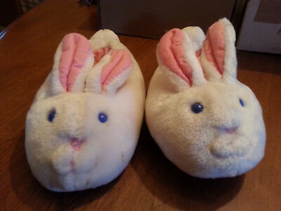 Girls Bunny Slippers - Avon - Easter - Cute - Good condition - Medium