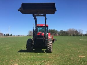 Mx100c case tractor  and a 8312 case mower conditioner