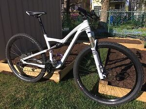 Mountain Mtn bike women - Rumor Specialized Comp - Used 5 times!