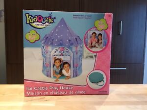 Kidoozie Ice Castle Playhouse Tent / Maison chateau glace