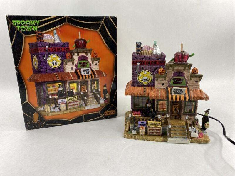 Lemax Spooky Town Trick Or Treat Candy Shop With Box Retired Village #25328 2012