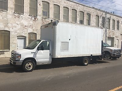 Spray Foam Rig 2010 Ford E450 16 Insulated Box Truck With Lift Gate. Graco H25