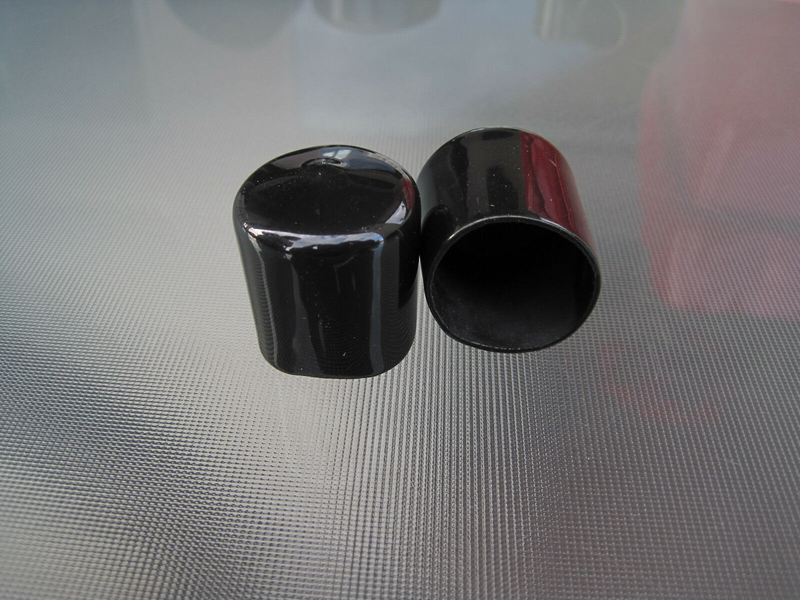 Black Vinyl Round End Cap Cover Rubber Plastic Hub Caps Tubing Flexible Pipe Top