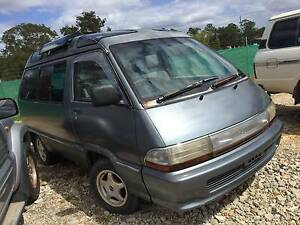 1991 MODEL TOYOTA TOWNACE 8 SEATER WRECKING FOR PARTS Willawong Brisbane South West Preview