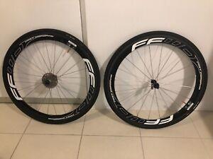 Road bike carbon wheels