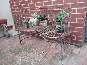Metal plant stand available Wembley Cambridge Area Preview