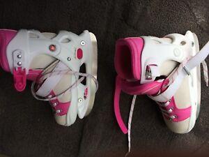Adjustable ice skates for girls