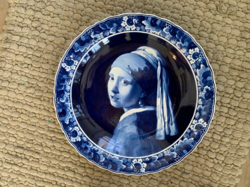 Porceleyne Fles  blue & white Delft charger HAND PAINTED  GIRL W/PEARL EARRING