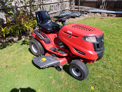 Rover rancher ride on lawn mower