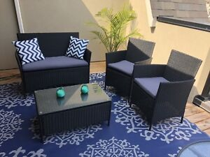 Patio Set/outdoor /love seat/ chair /cushions