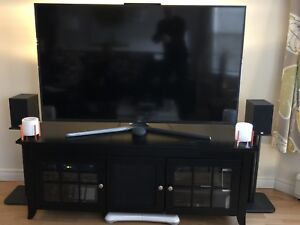 TV Stand (2 speaker stands included