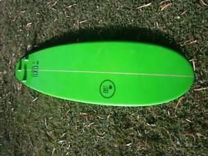 7'6 mini mal surfboard