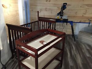 3 in 1 Crib and Changing Table!