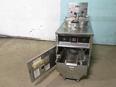 Bki -fkm-f Commercial Hd Digital 208v 3ph Electric Pressure Fryer Wfiltration
