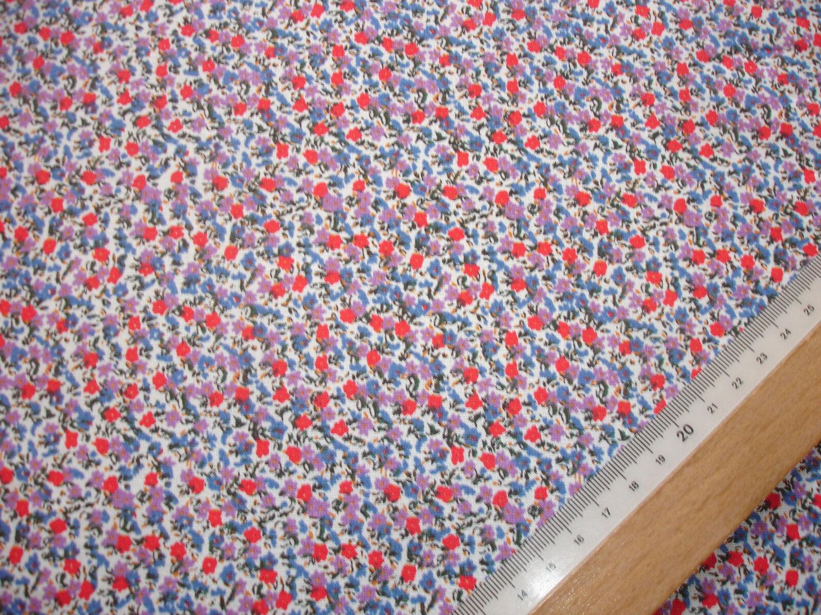 1 Lfm Baumwollbatist 2,93€/m²  Streublümchen auf weiß 150cm breit  FD2