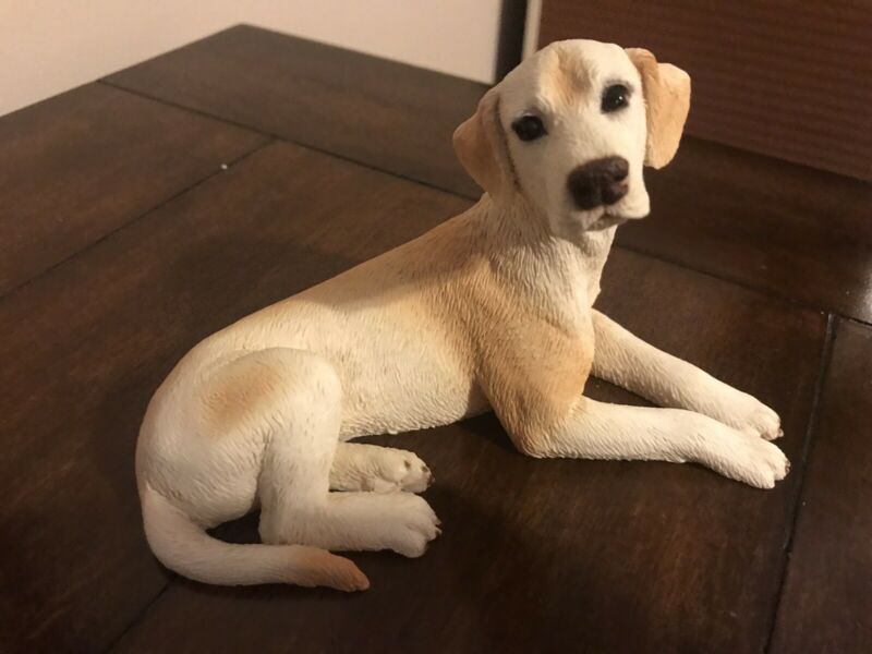 VINTAGE CASTAGNA  DOG GOLDEN RETRIEVER FiGURINE RETIRED AND  HARD tO FIND  ITALY