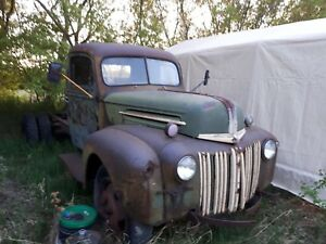 1947 Ford cab and chassis