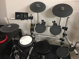 Yamaha DTX 550K - Electronic Drums - Excellent condition North Geelong Geelong City Preview
