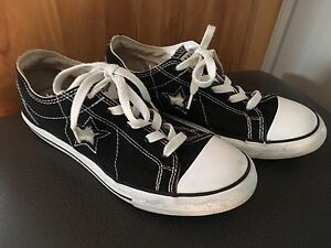 Size 5 Converse One  Star Sneakers
