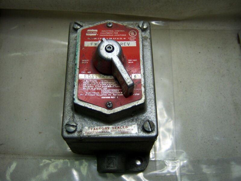 (cb 0) Crouse Hinds 2 Position Selector Forward Reverse Eds11271 Hazardous Loc