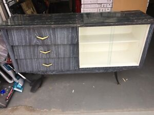 Great condition 1950s 50s Dinning room hutch / furniture