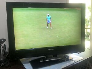 Tv Philips 32 inch tv in good condition