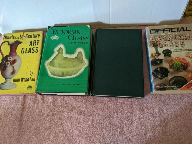 Lot of 4 Antique Reference Books 1952 1944 1949 1986