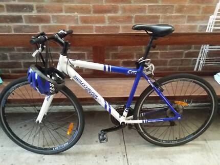 bike with helmet, lock and lights Hamilton Newcastle Area Preview