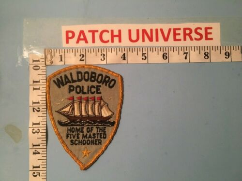 VINTAGE WALDOBORO  MAINE POLICE  SHOULDER PATCH  M063